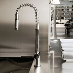 Gessi Oxygen Hi-tech Kitchen Mixer Kitchen Mixer, Kitchen Taps, Kitchen Decor, Kitchen Design, Bathroom Taps, Faucet, Home Appliances, Interior Design, Modern Contemporary