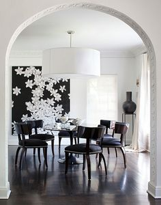 Große Pendelleuchten im Esszimmer – moderne Hängelampen - großartige weiß lampe esszimmer blumenmuster