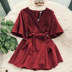 New Chic Casual Pure Color Temperament V-neck Horn Sleeve High Waist Dress - Trendy Dresses Trendy Dresses, Simple Dresses, Elegant Dresses, Cute Dresses, Fashion Dresses, Summer Dresses, Formal Dresses, Maxi Dresses, Awesome Dresses