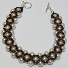 Glass pearl and seed beads Hugs and Kisses Bracelet