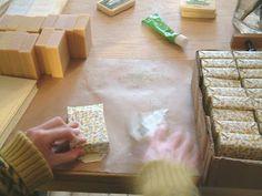 SAIPUA: soap wrapping.
