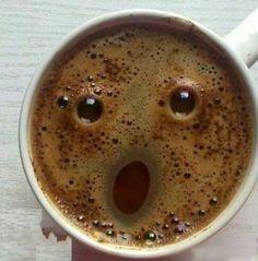 커피 한잔은 여유가 아니라,  실로 어마어마한 선택이다.