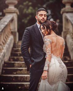 6 Beautiful Wedding Dress Trends in 2020 Sexy Wedding Dresses, Wedding Dress Sleeves, Long Bridesmaid Dresses, Wedding Gowns, Wedding Photoshoot, Wedding Pics, Wedding Styles, Turkish Wedding, Bridal Poses
