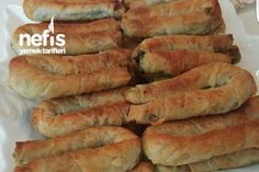 Ispanaklı Sirkeli Börek Tarifi (videolu) Breakfast Items, Breakfast Recipes, Pastry Recipes, Cooking Recipes, Cute Food, Yummy Food, Mezze, Potato Pasta, Salty Foods