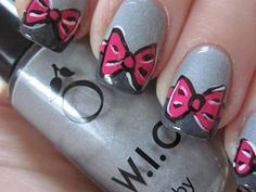 Strikjes gray with pink bows