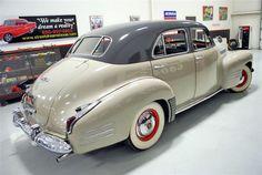 1941-cadillac-series-62-sedan-psr.jpg (640×429)
