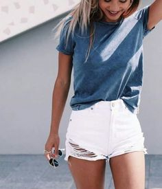 shorts and a tee are super cute lazy girl outfits that still look polished!