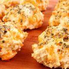 Mouthwatering Garlic Cheddar Biscuits