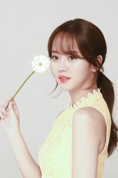 Kim Sohyun, Child Actresses, Make Me Smile, Kdrama, Angel, Actors, Celebrities, Hair Styles, Beauty