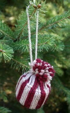 Enfeite artesanal para pendurar na Árvore de Natal – Gorrinho de Lã   Como fazer em casa Artesanato