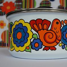 Enamelware with Lord Nelson Pottery's 'Gaytime' pattern