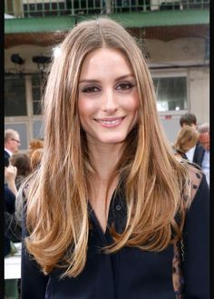 .Soft, pretty multi-toned blond long hair