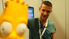 MATT SMITH Walks Comic-Con Floor Disguised as Bart Simpson... imagine if you were one of the people he talked to! No one even noticed it was him!!!