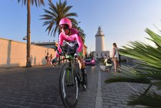MALAGA, SPAIN - AUGUST 25: Rigoberto Uran of Colombia and Team EF Education First - Drapac P/B Cannondale / Lighthouse / during the 73rd Tour of Spain 2018, Stage 1 a 8km Individual Time Trial from Malaga to Malaga / La Vuelta / on August 25, 2018 in Malaga, Spain. (Photo by Tim de Waele/Getty Images)