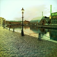 Gothenburg - my hometown. The fishmarket.  Strolling by the canal. /Anna i Haga
