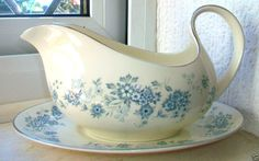 Royal Doulton The Romance Collection 'Michelle' H.5078 Gravy Boat Jug & Tray Exc