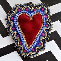 Boho Hippie, Beaded Embroidery, Hand Embroidery, Fabric Jewelry, Beaded Jewelry, Bird Template, Fabric Brooch, Cosplay Tutorial, Heart Crafts