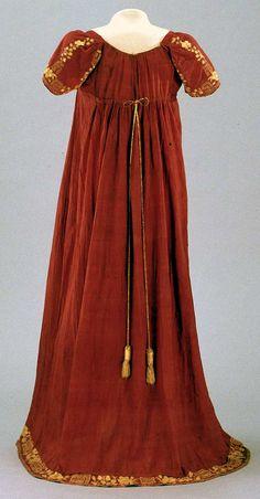 Back view. 1800s Fashion, Victorian Fashion, Vintage Fashion, Medieval Fashion, Vintage Outfits, Vintage Dresses, Regency Dress, Regency Era, 1800s Dresses