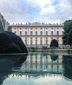L'immaginazione è il più bel libro bianco che esista.  Dove vedo acqua vedo mare va bene uguale?   #olloclip #italia365 #seetoshare #igersitalia #freedomthinkers #skrwt #rsa_vsco  #tv_living #whatitalyis #browsingitaly #byfolk #folkitaly #weekly_feature #reflectiongram  #inlombardia  #summer4igers #Lombardia_super_pics #rsa_streetview #loves_italia #italiainunoscatto #ig_lombardia #volgomonzabrianza #vivolombardia #visititalia #prettylittleitaly #italy_photolovers #inlombardia365…
