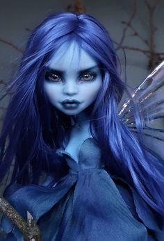 Abbey by PodlyDolls on Etsy Custom Monster High Dolls, Monster Dolls, Custom Dolls, Monster High Abbey, Art Dolls, Dolls Dolls, High Elf, Blue Fairy, Gothic Dolls