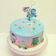 Sheriff Callie Cake   Sheriff Callie's Wild West birthday cake #polkadotscupcakefactory