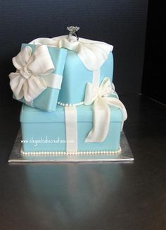 reminiscent of Tiffany's... only more blue and more calories