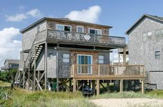 Dolphin Watch: 4 Bedroom, 2 1/2 Bath - Hot Tub - Pet Friendly - Oceanfront - Frisco NC