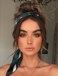 Beauty Trends 2019 k beauty makeup trends Bandana Hairstyles Short, Easy Hairstyles, Hairstyles With Headbands, Cute Hairstyles For Summer, Beautiful Hairstyles, Winter Hairstyles, Trending Hairstyles, Cute Hairstyles For Medium Hair, Hairstyle Ideas