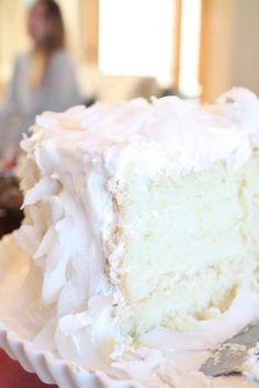 Bites of Sweetness: coconut cake: i went back down south
