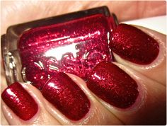 The PERFECT Christmas color! Essie- leading lady