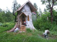 We had two big trees growing too close to our home, so we had them cut down 5 years ago. What do you do with the stump? Make a Gnome home of course!