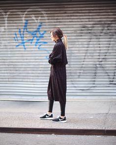 Nike Roshe Runs | Aritzia Leather Leggings | Vintage Trench