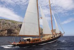 Classic Wooden Yachts Sailing