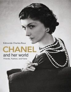 Chanel: responsible for bringing back pearls!