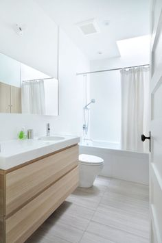Over 130 Stylish Bathroom Inspirations with Modern Design https://www.futuristarchitecture.com/2295-stylish-bathrooms.html #bathroom #interior