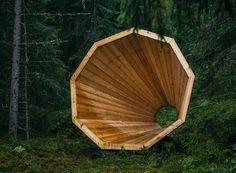 Forest Megaphones Spaces  To encourage people resting and meditating students had the idea to create three giant wooden shelters in Voru county Estonia and in which people can lay rest and sleep. The structures take the shape of megaphones that naturally amplify forest sounds. Photos by Tõnu Tunnel.                #xemtvhay