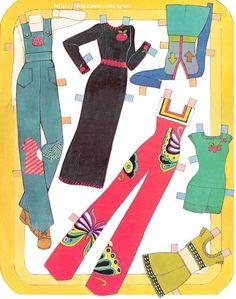 Paper Dolls~Casual Co - Bonnie Jones - Picasa Web Albums Disney Paper Dolls, Barbie Paper Dolls, Vintage Paper Dolls, Vintage Toys, Casual Co, Dress Up Dolls, Cute Cuts, 70s Fashion, Doll Patterns