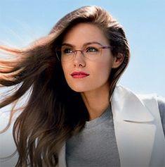 clear plastic eyeglasses on women over 50 Cute Glasses, New Glasses, Girls With Glasses, Glasses Frames, Best Eyeglasses, Eyeglasses For Women, Rimless Glasses, Wearing Glasses, Over 50 Womens Fashion