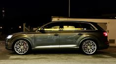 Audi SQ7 Daytona Grey with AXE EX30 22x10,5 ET25 and 295/30 22
