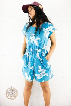 a3a24e8189c Romper 70s Hawaiian Dress  Vintage Tropical Floral Printed Cotton Capped  Sleeve  Pockets
