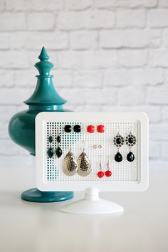 DIY Earring Holders - takes about 5 minutes to put together and cost under 3 bucks to make!
