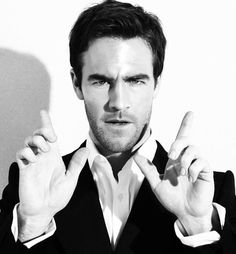 James Van Der Beek - why is he SO attractive?? be my BF right now please