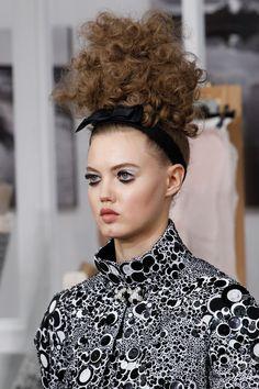 Lindsey Wixson au défilé Chanel haute couture automne-hiver 2016-2017