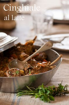 Cinghiale al latte–Wild boar stew with milk Wild Game Recipes, Pork Recipes, Wild Boar, Poultry, Stew, Lamb, Meat, Ethnic Recipes, Album