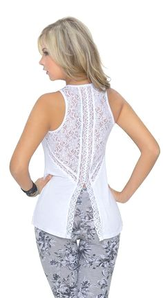 210 Likes 2 Comments Blouse Styles, Blouse Designs, Look Fashion, Womens Fashion, Lace Tops, Dress Patterns, Blouses For Women, Fashion Dresses, Clothes