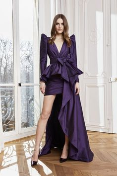 Zuhair Murad Fall 2020 Ready-to-Wear Fashion Show - Vogue Fashion Week, Fashion 2020, Runway Fashion, High Fashion, Fashion Spring, Style Fashion, Couture Mode, Style Couture, Couture Fashion
