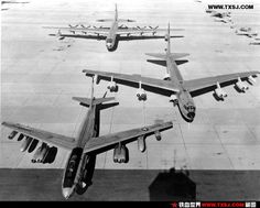 The long arm of Strategic Air Conmand in the mid-1950s: Boeing B-47 Stratojet, Boeing B-52 Stratofortress, Convair B-36 Peacemaker