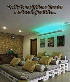 Diy home theater with pallets or if you need cheap couches!!! This would be so cool with a projector over it and a snack bar