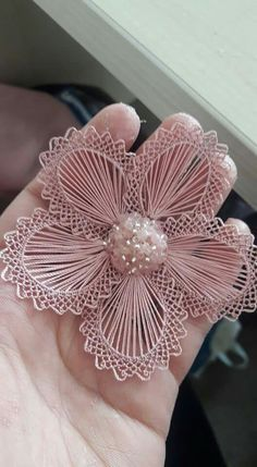 I think this is Romanian Point Lace, also known as Oya Lace. It is a form of Crochet. This Pin was discovered by gön Crochet motif for tunic blouse How to join motifs Part 2 Discover thousands of images about Great idea. Can somebody please provide me it Diy Embroidery Flowers, Crochet Flower Patterns, Ribbon Embroidery, Crochet Motif, Crochet Designs, Crochet Doilies, Crochet Flowers, Crochet Lace, Lace Applique