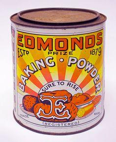 A slice of Kiwi culture: Edmonds (Kiwi, not kiwifruit! Kiwi are birds)! New Zealand Food, New Zealand Houses, Visit New Zealand, New Zealand Art, Vintage Candy, Vintage Tins, Vintage Kitchenware, Long White Cloud, Kiwiana